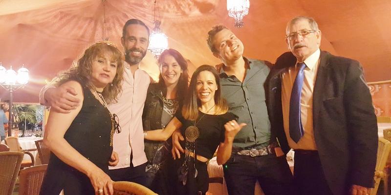 Dueños Ganges Restaurante Madrid, comida hindú madrid, Sinestesia gastronómica